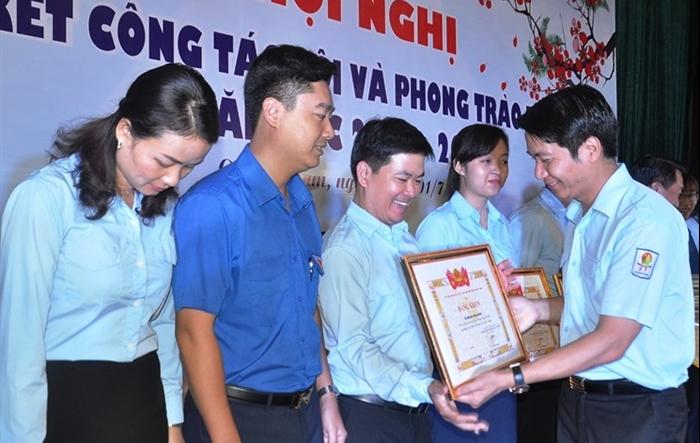 Hội đồng Đội Trung ương khen thưởng 21 đơn vị xuất sắc