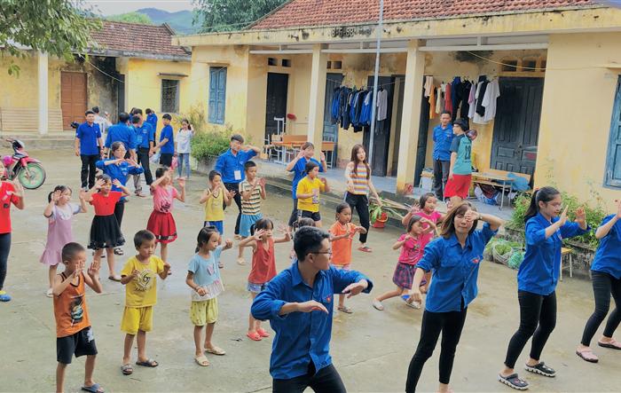 Các hoạt động tình nguyện hè 2019 được gắn với chuyên môn đào tạo của sinh viên