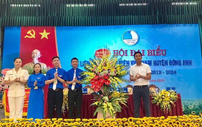 Anh Thịnh Vinh tái cử chức danh Chủ tịch Hội LHTN huyện Đông Anh