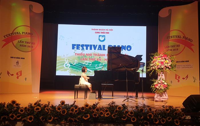 Thí sinh 4 tuổi đạt giải cao Festival Piano