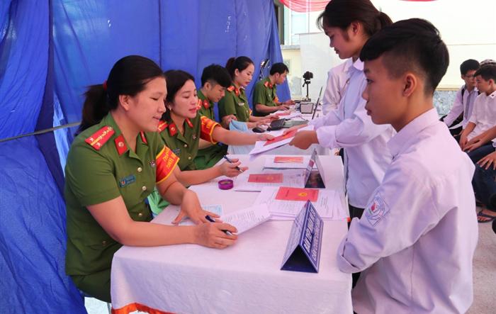 Nhiều hoạt động tình nguyện của chiến sĩ công an Hà Nội