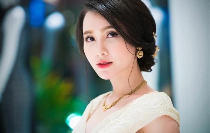 """Đại biểu """"hot"""" dự Đại hội Hội LHTN Việt Nam thành phố Hà Nội lần thứ VII"""