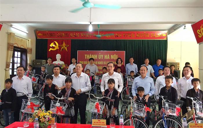 Đoàn công tác thành phố Hà Nội làm việc tại tỉnh Lai Châu