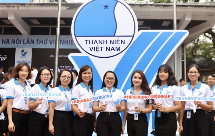 """Những """"hot girl"""" của Đại hội Hội LHTN TP Hà Nội lần thứ VII"""