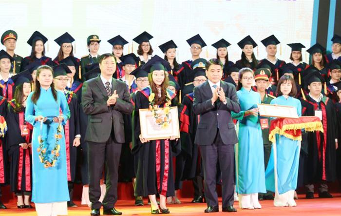 Thành phố Hà Nội: Vinh danh 86 Thủ khoa tốt nghiệp xuất sắc các trường đại học, học viện