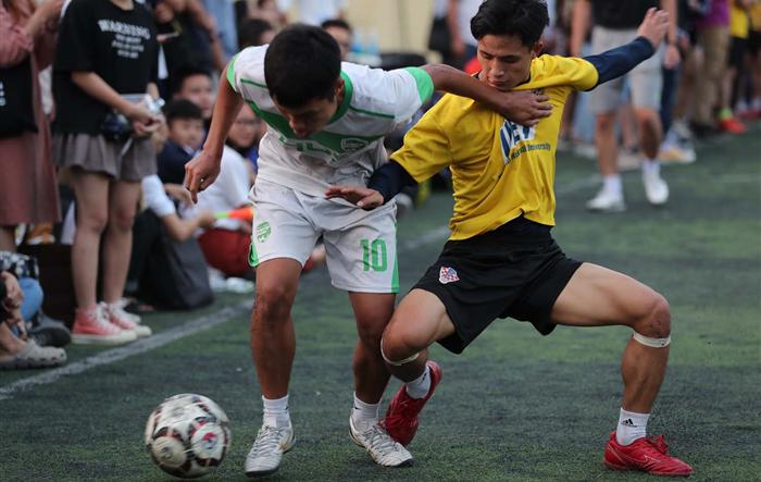 Gay cấn, hấp dẫn chung kết Giải bóng đá sinh viên Đại học Quốc gia Hà Nội