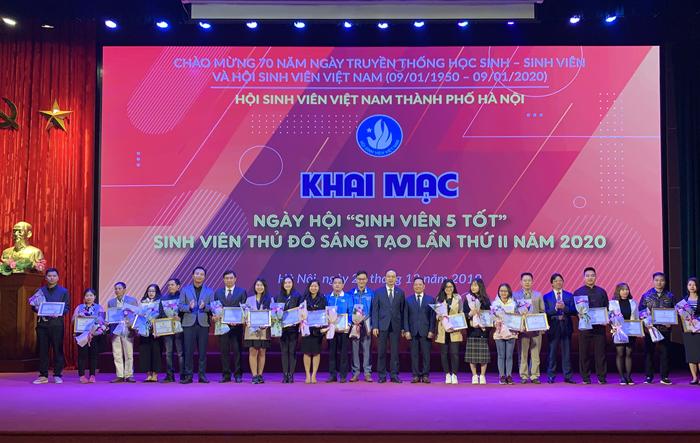 """Khai mạc Ngày hội """"Sinh viên 5 tốt"""", Ngày hội sinh viên Thủ đô sáng tạo lần thứ II năm 2020 và Ngày hội Tuổi trẻ Thủ đô đồng hành cùng hàng Việt Nam năm 2019"""