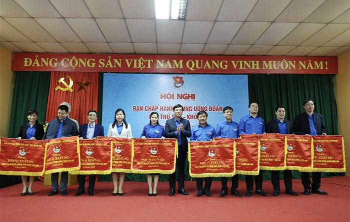 Đoàn TNCS Hồ Chí Minh Thành phố Hà Nội đạt Cờ thi đua xuất sắc trong công tác đoàn và phong trào thanh thiếu nhi năm 2019