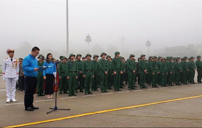 53 tân binh quận Tây Hồ báo công dâng Bác