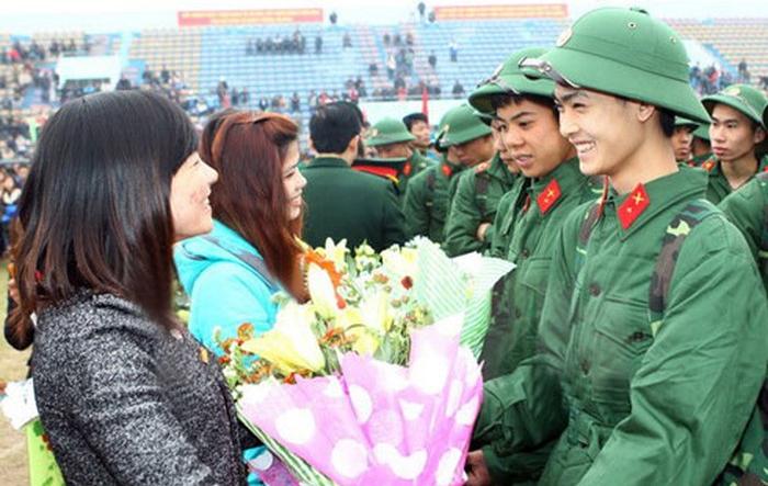 Sáng nay (11/2), hơn 3.500 thanh niên Hà Nội háo hức lên đường nhập ngũ
