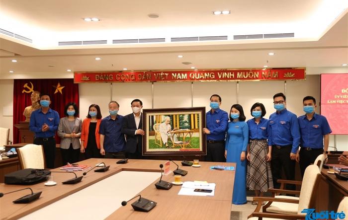 """""""Đậm chất Hà Nội"""" trong phong trào, hành động cách mạng của thanh niên Thủ đô"""