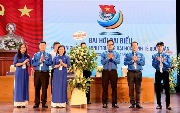 Đồng chí Nguyễn Bích Ngọc trở thành tân Bí thư Đoàn trường Đại học Kinh tế quốc dân