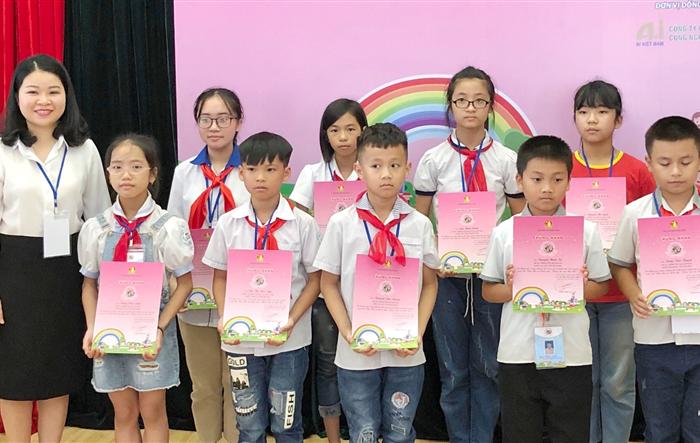 """12 thí sinh """"nhí"""" tranh tài Chung kết cuộc thi """"Bác Hồ với thiếu nhi - Thiếu nhi với Bác Hồ"""" tại Hà Nội"""
