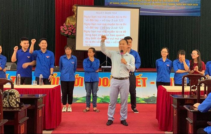 300 cán bộ Đoàn quận Hà Đông được tập huấn kỹ năng nghiệp vụ