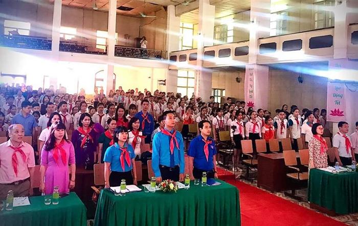 """150 """"Cháu ngoan Bác Hồ"""" thị xã Sơn Tây được tuyên dương, khen thưởng"""