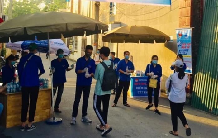 3.000 tình nguyện viên Thủ đô tiếp tục đồng hành với thí sinh