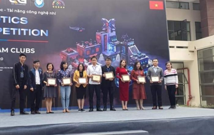 40 đội tranh tài tại cuộc thi Robotics competition năm 2020