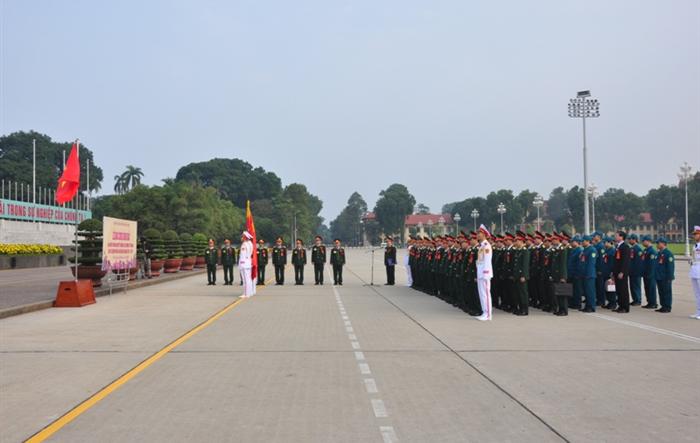 Tuổi trẻ Bộ Tư lệnh Thủ đô Hà Nội báo công dâng Bác